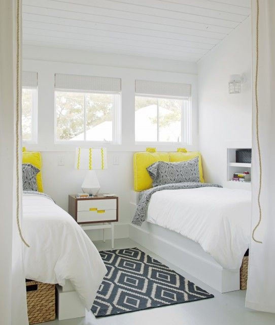 white + gray + yellow guest room: Contemporary Bedrooms, Guestroom, Beaches House, Guest Bedrooms, Bedrooms Design, Colors Schemes, Twin Beds, Guest Rooms, Kids Rooms