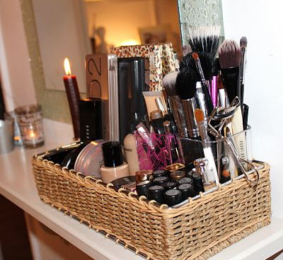 Best 25 Makeup Display Ideas On Pinterest Vanity Table Organization Makeup Tables And Copper