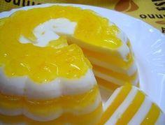 Ингредиенты:     - Апельсин – 2 шт.  - Молоко – 450 мл  - Сахар – 200 г  - Ванильный сахар – 8 г  - Желатин – 20 г  - Вода – 400 мл   ...