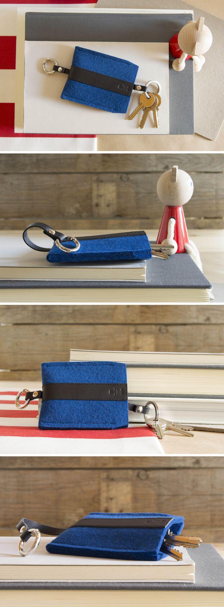 Wool felt and leather key holder by anonimaMente design #woolfelt #keyholder #keychain #vegetabletannedleather #leather #madeinitaly