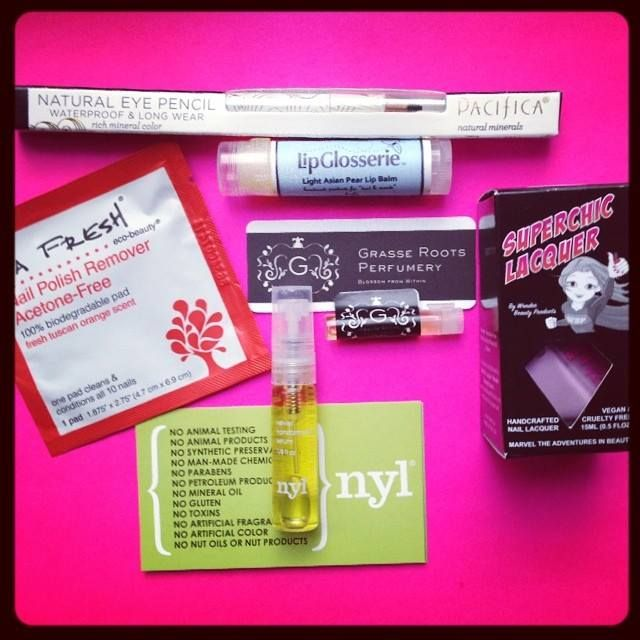 The June Beauty Box was full of fresh, summer beauty products! What was your fave this month?  Not subscribed? Sign up now to receive the July Beauty Box: http://bit.ly/veganbeautybox