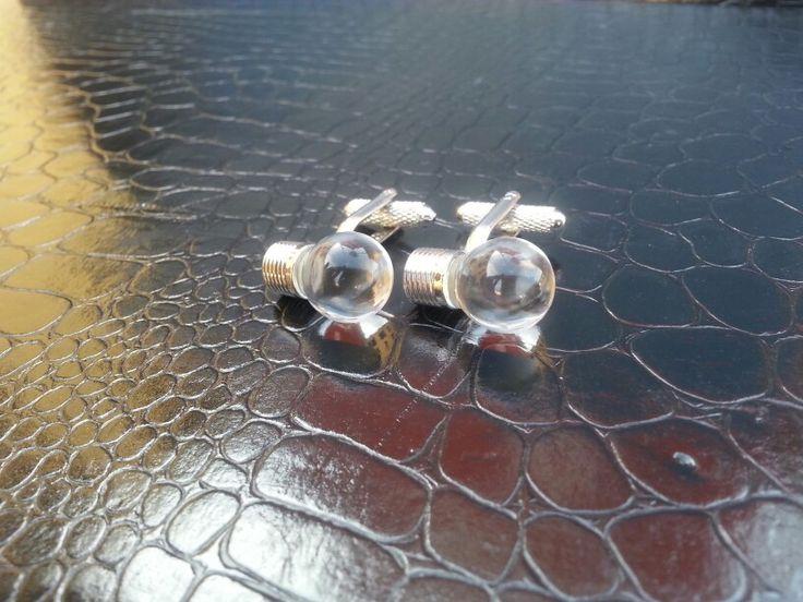Light bulbs cufflinks