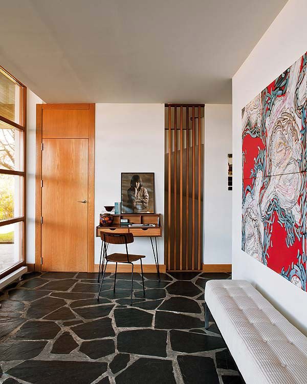 Inspired by the aesthetic precepts of American modernism, this house is stunning! Ana Escarzaga-international design consultant and owner of The Twenty Gallery, designed it.