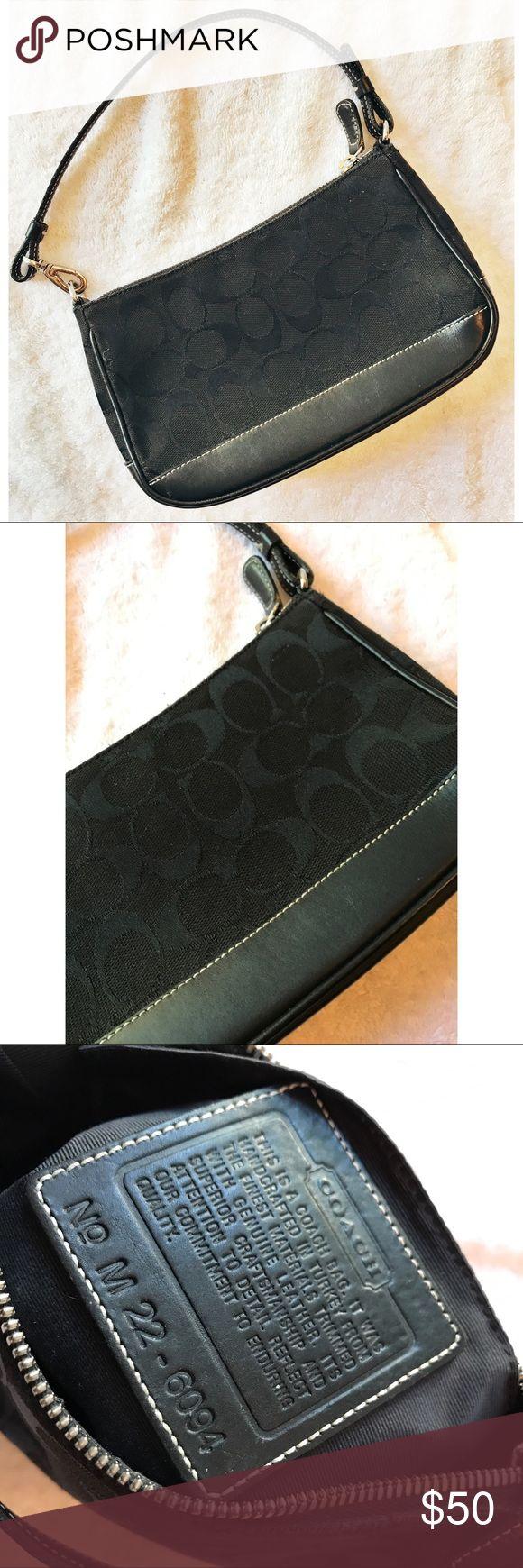 Coach • Signature Handbag