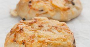 Recept Kaas Uien broodjes - Es' Factory