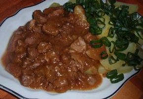 Cibulové (pórkové) vepřové maso