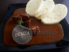Srnčí kýta na víně s knedlíky - Leg of venison in red wine with dumplings