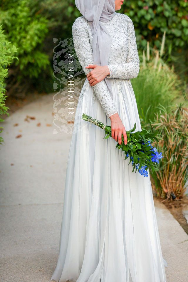 https://www.annahariri.com/collections/dresses/products/delphinium-gown-2r7a1613