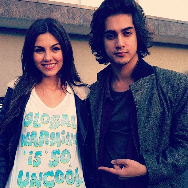 Avan Jogia Date of Birth Age Horoscope Nationality Weight Height