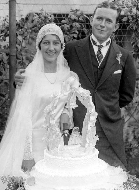 Patsy Ruth Miller and director Tay Garnett on their wedding day. September, 1929