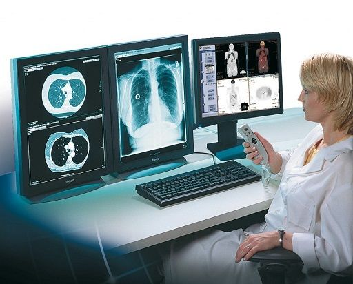 New research reports that most radiologists receive favorable satisfaction scores from their patients. Reviews included rating scores of one through five