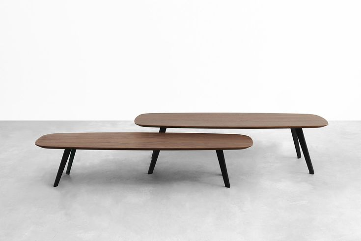 The new STUA Solapa tables have two heights so that they can overlap. In fact…