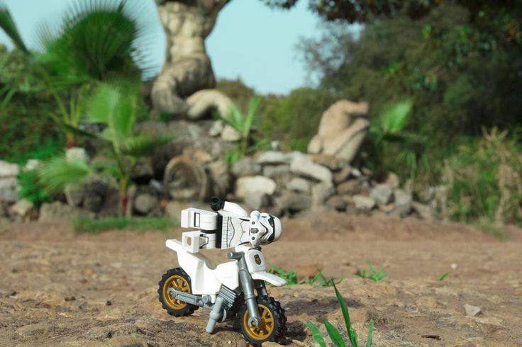 ]Stormtrooper do things[  Extreme holidays after a whole year of fightings against the rebellion!  #lego #stormtrooper #motocross