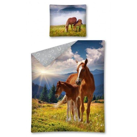 Modro zelené detské posteľné obliečky s pasúcimi sa koňmi