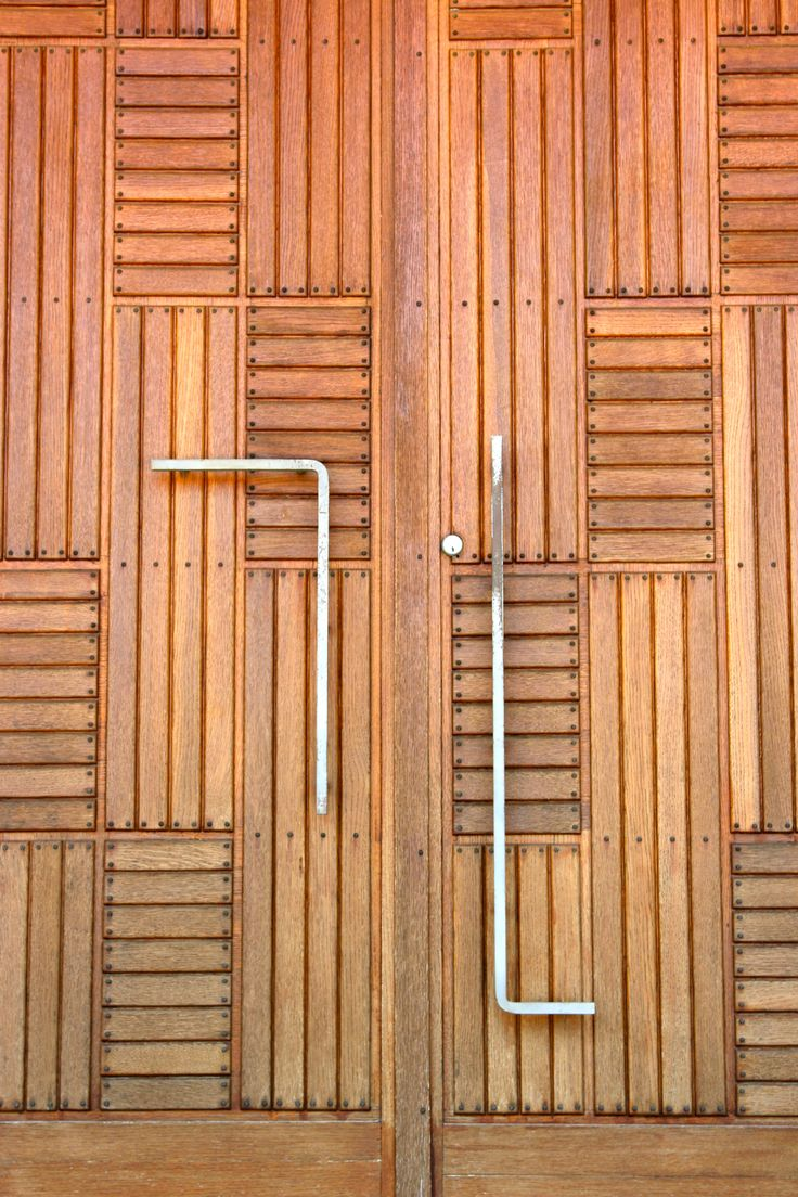 Door Detail, First Christian Church, Eliel Saarinen