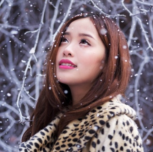 Michelle Phan!!!!!<3 this pic of her