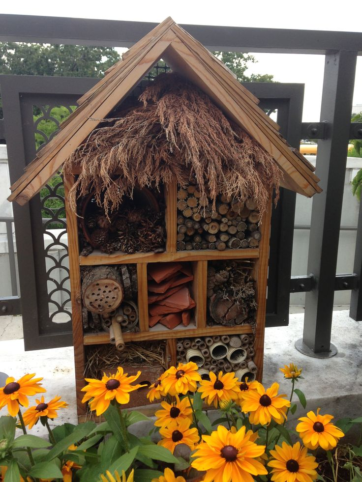 Awesome ladybug house! Gives them plenty of places to hide, and make your garden their home.