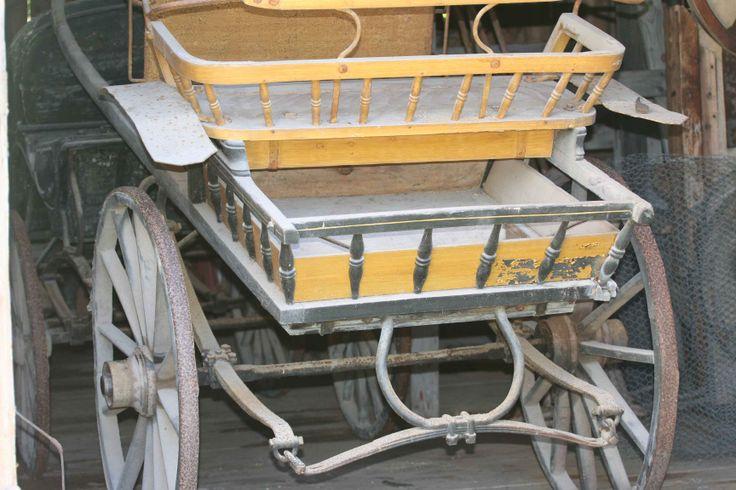 The horse wagon