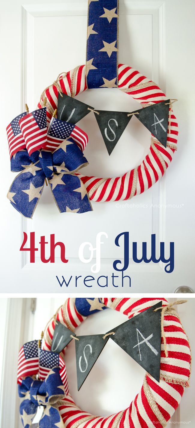 4th of July wreath with chalkboard pennant banner. Love everything about this wreath!