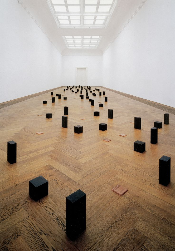 Photos d'art minimaliste  Pictures of minimalist Art  Carl Andre
