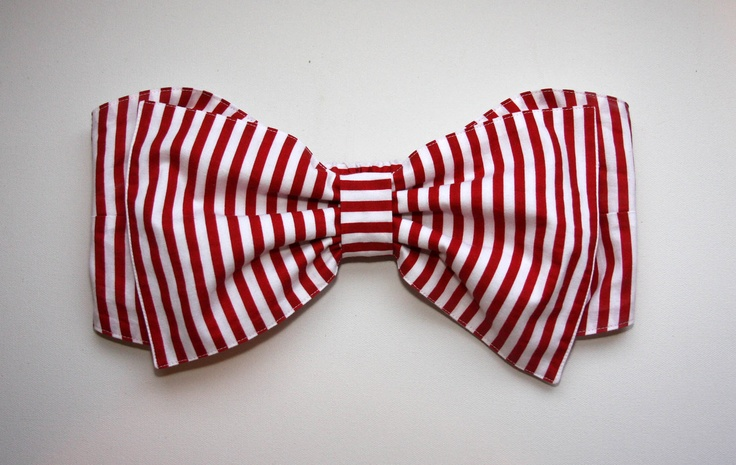 Red and White Stripe Bow Bandeau: Bikinis Tops, Red And White, Bows Bandeau, Stripes Bikinis, Bows Bikinis, Bandeau Tops, Bath Suits, Stripes Bows, White Stripes