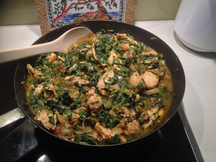 Palak Chicken. Recipe is here: http://pachakam.com/Recipes/Palak-Chicken-3359