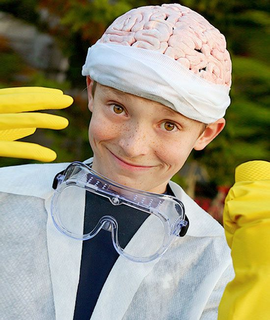 Mad Scientist Costume | Click for 30 DIY Halloween Costumes for Kids to Make | DIY Halloween Costumes for Toddlers