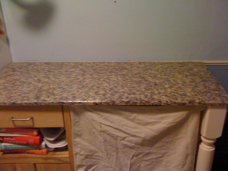 DIY video by Kristi on how to paint your countertops to look like granite.  http://www.creativekristi.com/video-tutorial-how-to-paint-your-countertops-to-look-like-granite/  #paint #countertops #diy #tutorial #video #howto