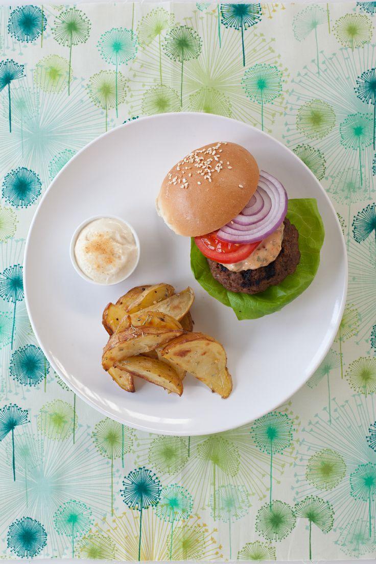 #Epicure Big-Batch Burgers with Big Burger Sauce (380 calories/serving)