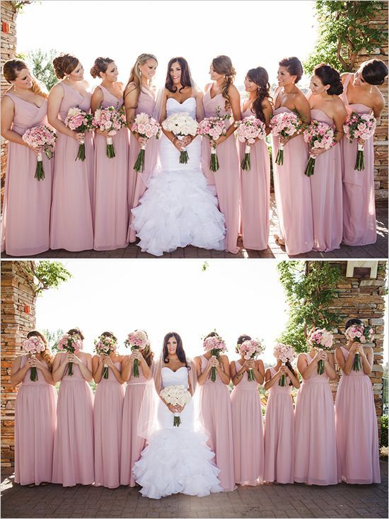 Beautiful but simple idea for the #bridesmaids, light pink dress with matching #flowers and a #bride with matching white flowers