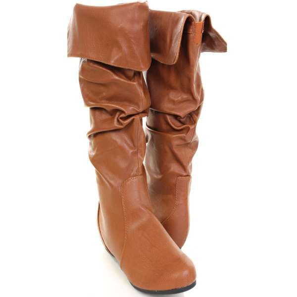 BOOT SEASON! tan leather boots must for fall