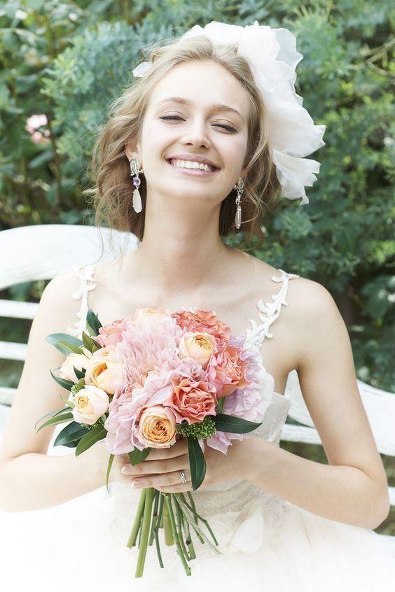 歯のホワイトニングで笑顔が輝く花嫁に♪
