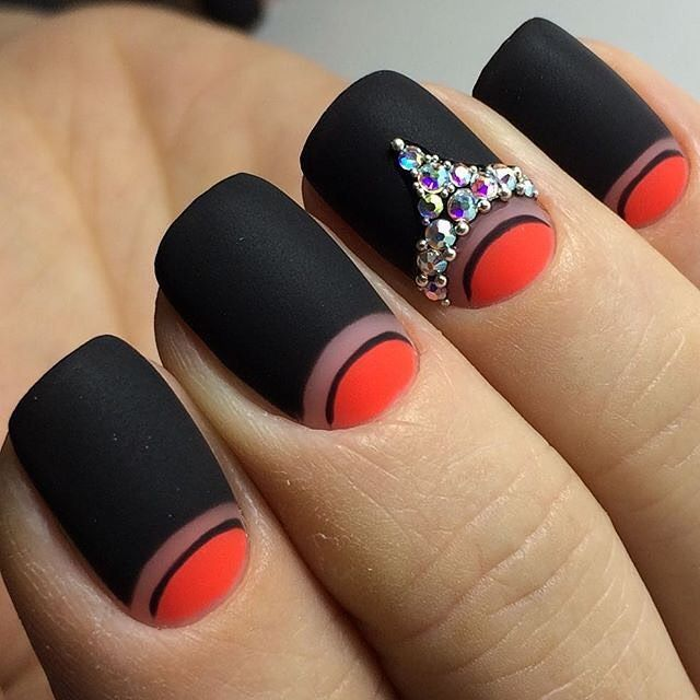 Easy DIY black and red matte nail art with Swarovski Classics crystals; start creating your nails at http://stores.sallybeauty.com/. Image from @jagodam.