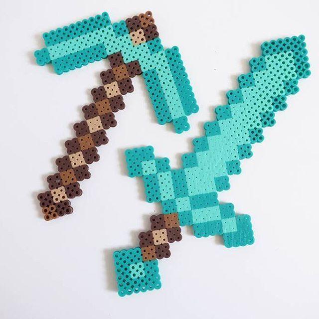 Minecraft perler beads by  japanda.co