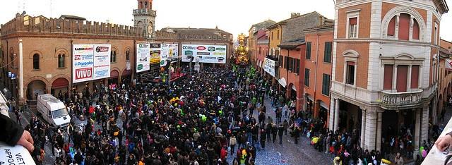 Piazza Guercino during Carnevale di Cento 2010