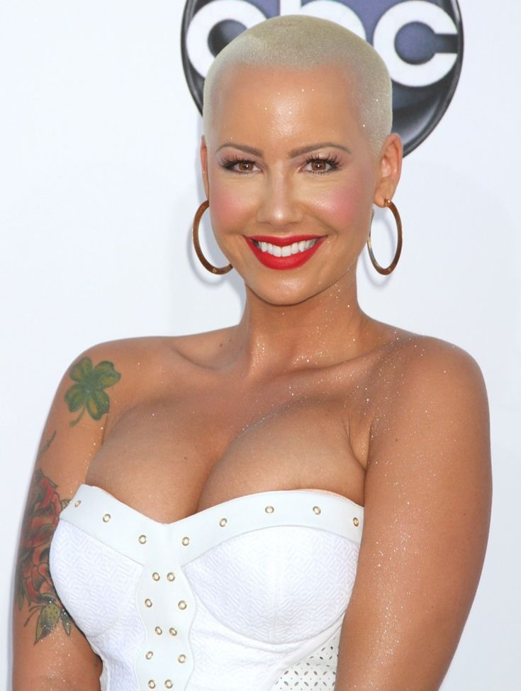 Poshly exhilarating Amber Rose ...Top Class drop dead gorgeous...