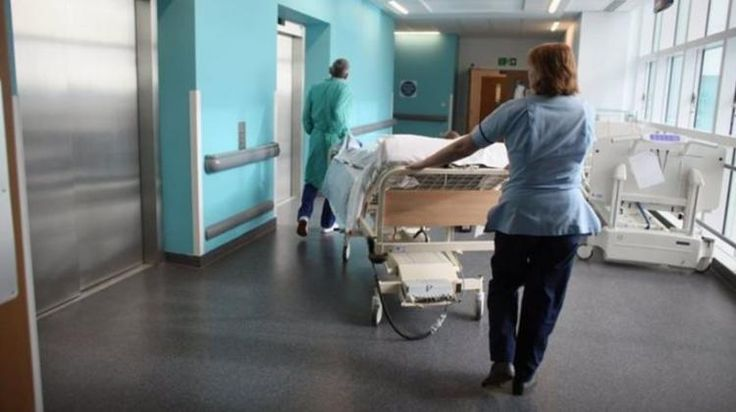 Εκατοντάδες νοσοκόμες «μαϊμού» θέτουν σε κίνδυνο τους ασθενείς