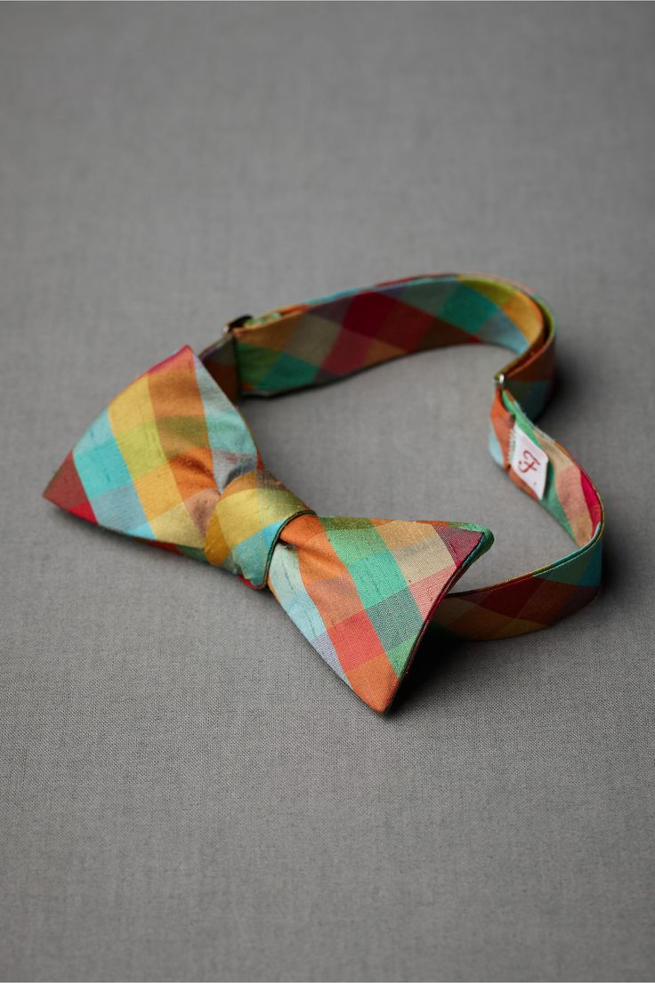 Forage Silk Bowtie in SHOP Gifts For the Groom at BHLDN