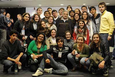 Mujica recibió múltiples propuestas de estudiantes de Secundaria - LR21.com.uy