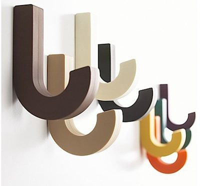 love, love these wall hooks