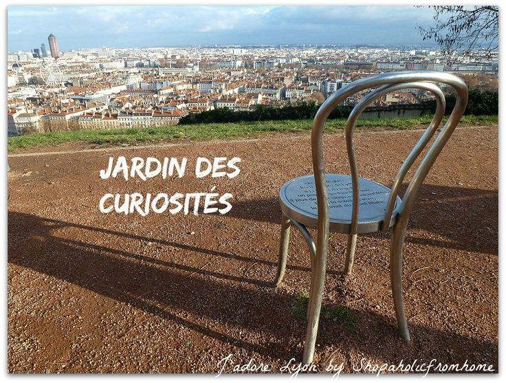Jardin des#parks #visitlyon #thingstodo #freelyon #jadorelyon http://shopaholicfromhome.com/my-big-list-of-lyonnais-parcs/  Curiosités. Photo By PHILDIC via Wikimedia Commons