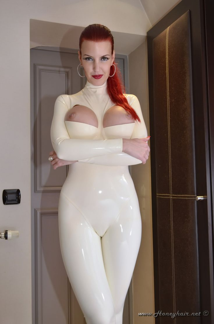 latex catsuit anziehen lesben frisuren