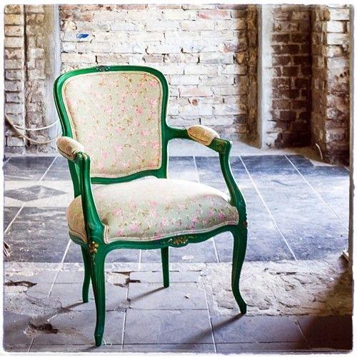 """#Fotel #Nadzieja"""" #kabriolet #tapicer #białystok #tapissier #upholstery #декораторы #fotel #krzesło #jadalnia #chair #salon #interiordesign #homedecor #wystrojwnetrz #nasprzedaz #forsale #na_strychu_igora"""