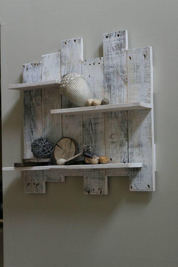 Palette blanc étagère en bois décoration par TheWoodGarageLLC
