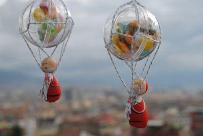 Christmas Hot-air ballon http://3gufettisulcomo.blogspot.it/2015/11/christmas-hot-air-ballon.html