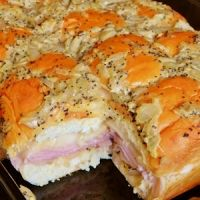 Kings Hawaiian Baked Ham & Cheese Sandwiches Recipe - have made twice in the past few days!! Absolutely delicious!!