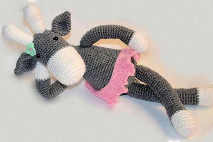 Ręcznie robiona szydełkowa Żyrafa dla dziewczynki  w MadiCraft na DaWanda.com
