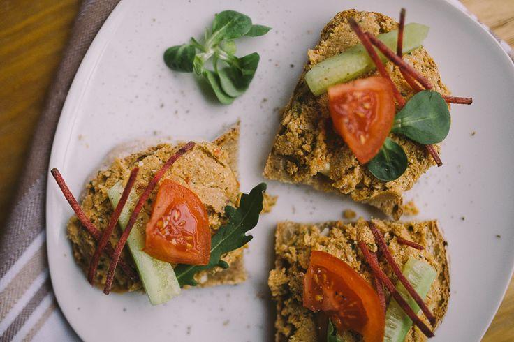 Pasta z kaszy jaglanej, słonecznika i suszonych pomidorów! - Grumpy Fox Blog