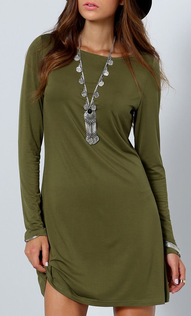 Love the color on this army green long sleeve dress.
