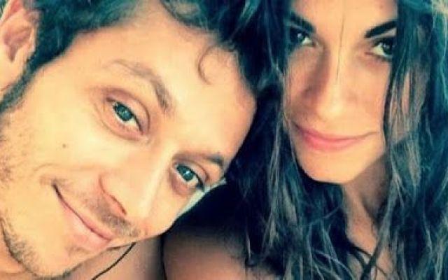 Ecco cosa ha causato la rottura della coppia composta da Valentino Rossi e Linda Morselli Ormai da settimane avevamo ben compreso che la coppia composta da Valentino Rossi e Linda Morselli non esistesse più. I due si sono dimostrati molto uniti e con un sentimento forte e costante. Appari #gossip #news #modella